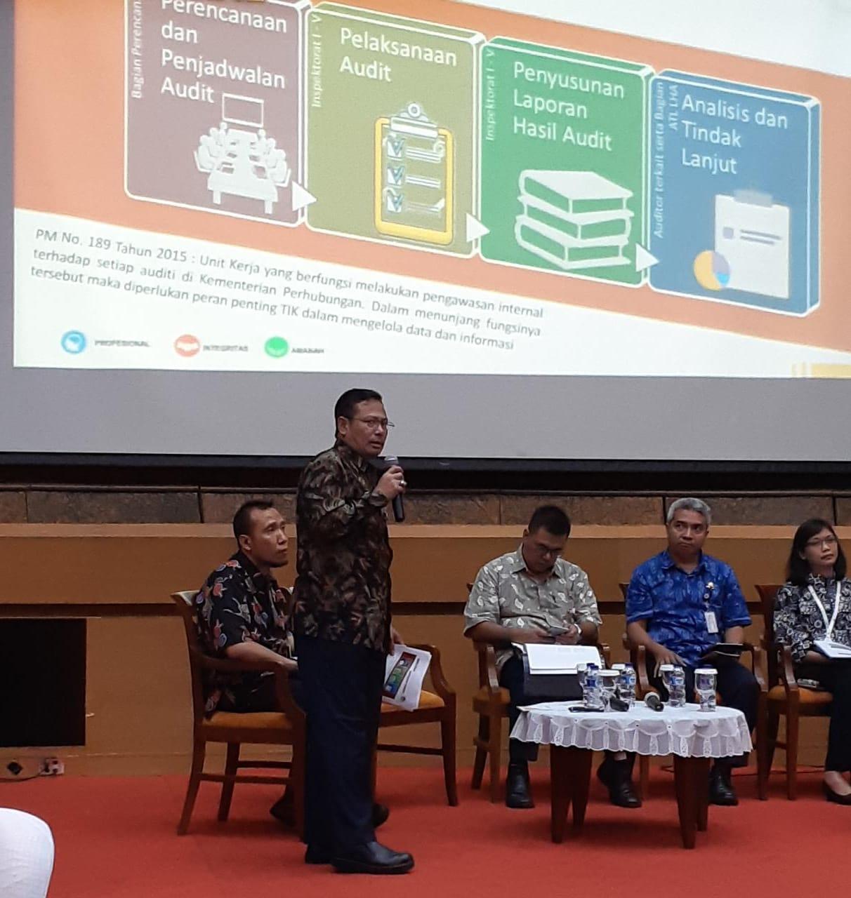 Sekretaris Itjen dan Tim Sampaikan Rancangan Blueprint TIK Itjen Dalam FGD TIK di Lingkungan Kemenhub