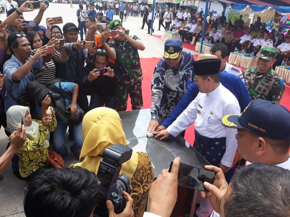 Inspektur Jenderal Kementerian Perhubungan meresmikan Go Live Inaportnet Pelabuhan dan Pengoperasian Terminal Penumpang